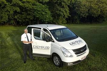 Cairns Airport to or from Cairns City (CBD) - 7 Seat Private Transfer (per vehicle)